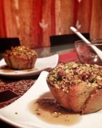 Cupcakes al cocco e pistacchio con sciroppo al caffè