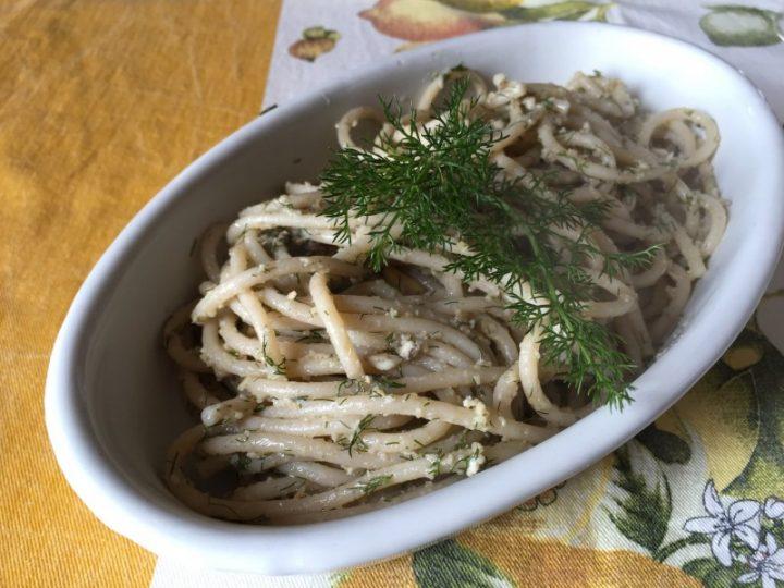 Spaghetti alle alici e finocchietto selvatico